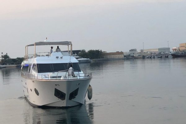 chartered boat dubai