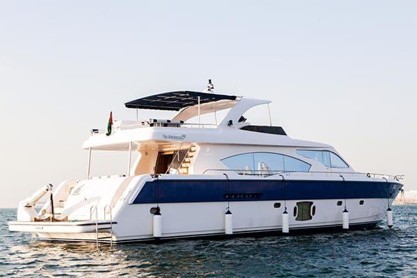 boat charter dubai