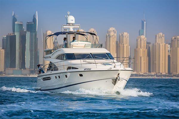 boat_charter_dubai